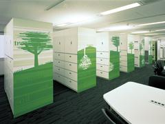 オフィス空間を効果的に引き立てるグラフィックデザイン1