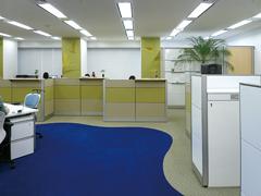 オフィス空間を効果的に引き立てるグラフィックデザイン2